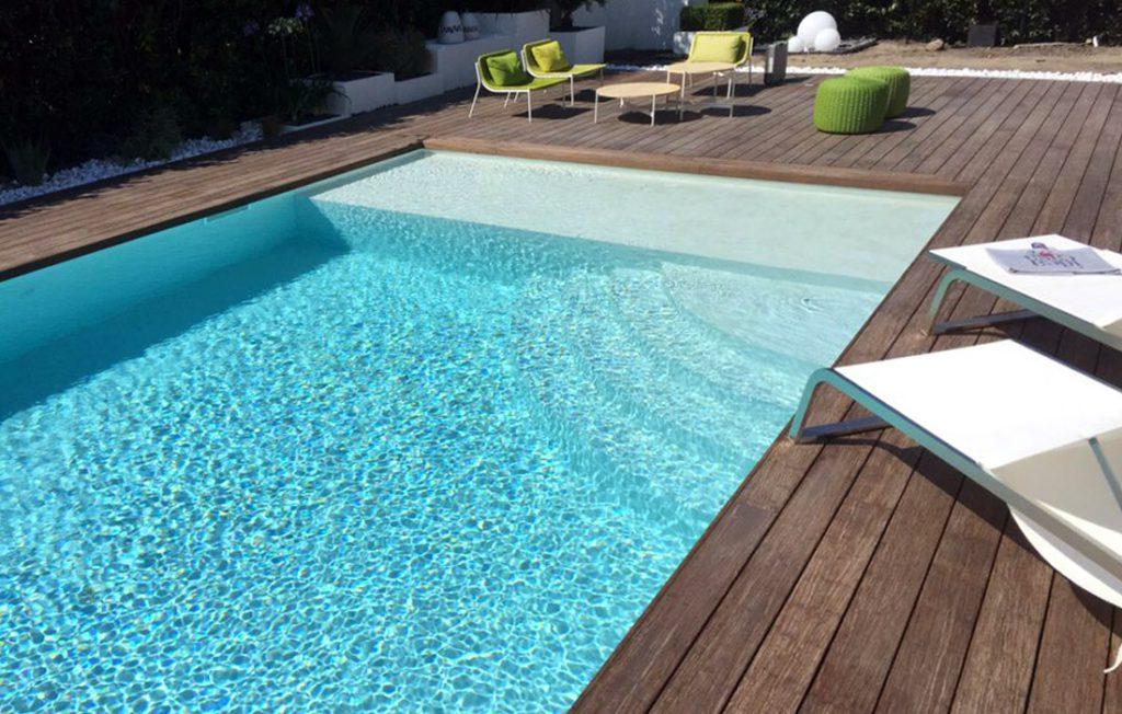 scegliere il colore della piscina