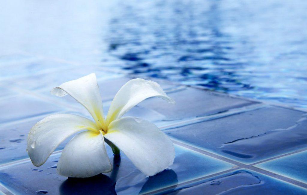 Come pulire la piscina interrata